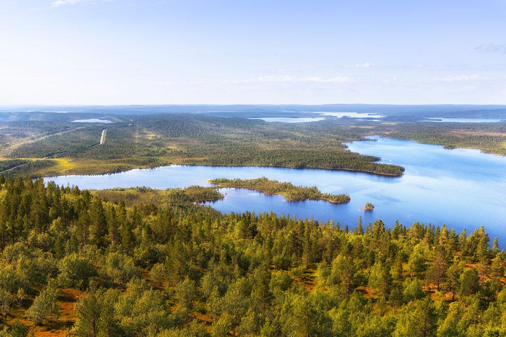 Гора Каскама и озеро Каскамаярви